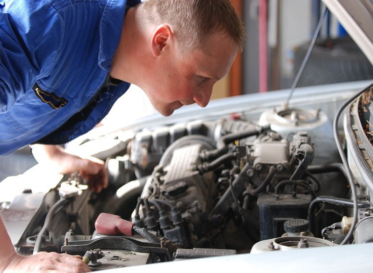 How to Keep Auto Repair Costs Low